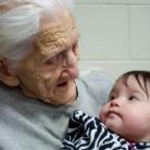 starí rodičia, prastarí rodičia, vnúča, pravnúča, fotogaléria