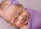 Tajomný úsmev bábätiek: Viete, prečo sa usmievajú?