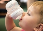 Dehydrované bábätko: Ako zistíte, či má bábätko dostatok tekutín?
