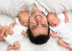 Perfekné video: Takto to zvládajú oteckovia dvojičiek