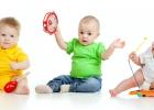 Ortopéd radí: odkedy môže bábätko sedieť?