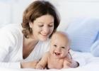 Ako sa hrať a stimulovať aktivitu dieťaťa v 3. mesiaci života?