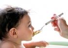 Jedálniček drobcov: Kedy zaradiť med do výživy dieťaťa?