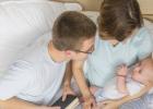 prísny režim versus výchova podľa potrieb bábätka
