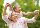 Prázdniny ustarých rodičov: Desatoro pre babičky adedkov!