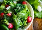 Šalát s bylinkami