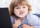Tablety a mobily: Ako ohrozujú vaše deti?