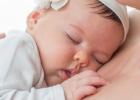 7 praktických tipov pre denný spánok bábätka