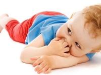 Ako správne utešiť dieťa a kedy sa o to nepokúšať