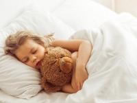 CHRÁPANIE u detí: Rodičia, zbystrite pozornosť!