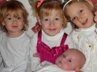 Zo života mamy: Aké je to vychovávať štyri dcéry narodené rok po roku?
