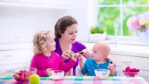 Bezpečné potraviny pre deti do troch rokov: Nie všetko detsky zabalené je určené deťom!