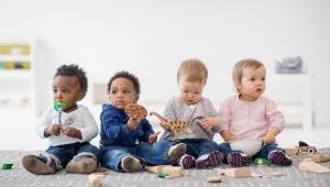 Deti kontakt s rovesníkmi potrebujú