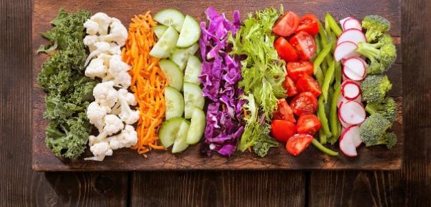 šalát, šaláty, nátierka, tuniak, šošovica, avokádo, cícer, mrkva, jahody, tekvica, hokkaido