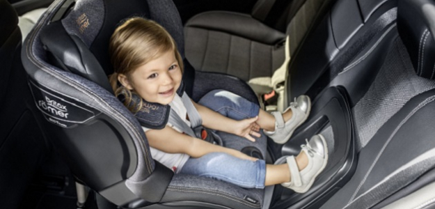 Najčastejšie chyby pri usádzaní dieťaťa do sedačky
