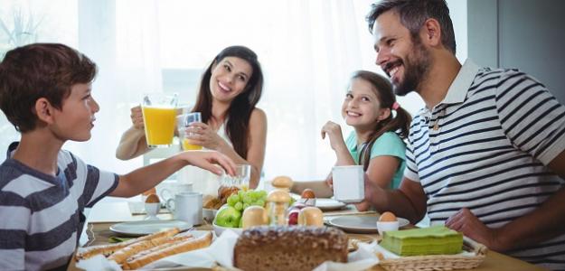 PRIESKUM: Rodina sa stretne najčastejšie pri večeri