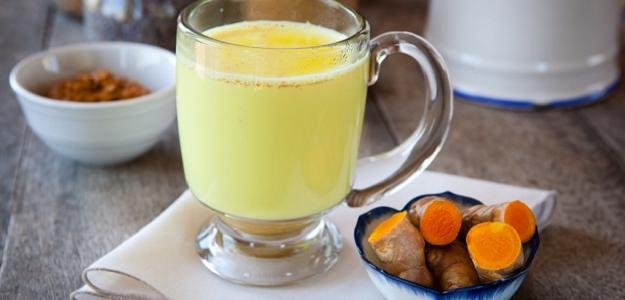 ZLATÉ MLIEKO: Zázračný (nielen) detoxikačný nápoj