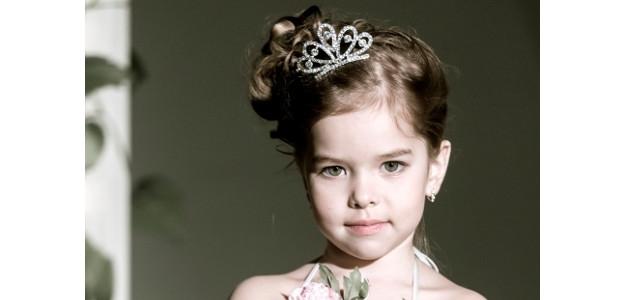 20 slávnostných účesov pre dievčatká