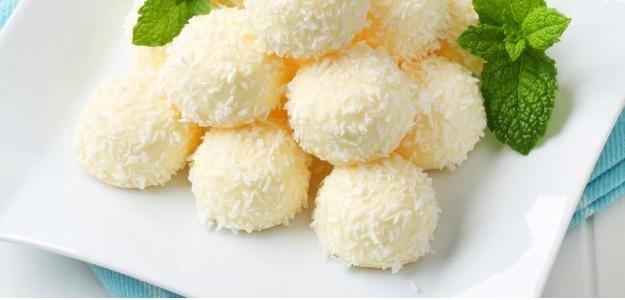 Kokosové raw guľky s citrónom