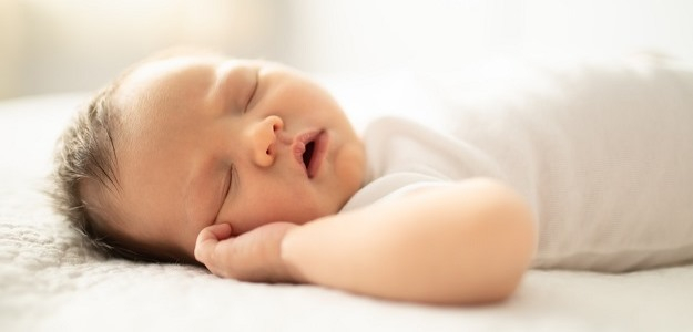 Mýty o spánku bábätiek