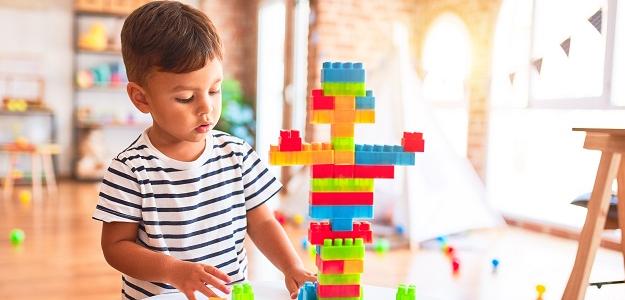 Hračky v hodné pre deti