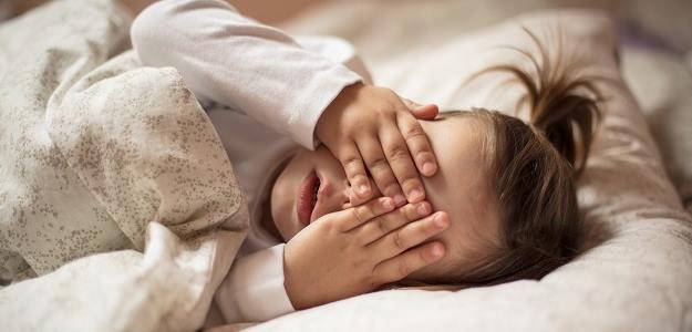 nepokojný spánok
