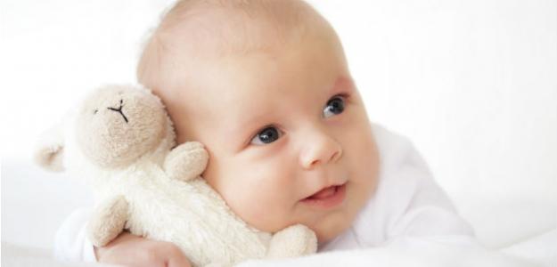 Rozvíjanie osobnosti počas prvého roka dieťaťa: takto môžete svoje dieťa stimulovať!