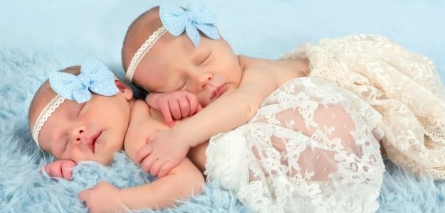 Ako dojčiť dvojčatá?