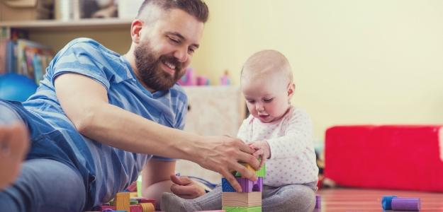 ako stimulovať dieťa v 10 mesiacoch, tipy na hry