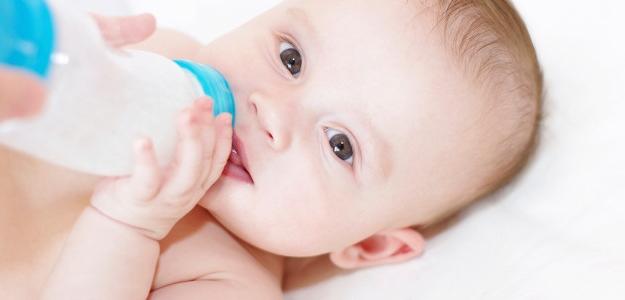 Akú dojčenskú fľašu? Poradíme vám!
