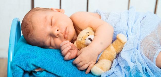Keď spánok neprichádza: Ako dlho potrebujú deti spať?