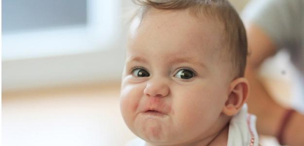 Ako naučiť dieťa fúkať nos?