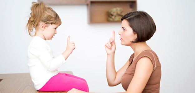 Čo nechcú deti počúvať? 50 najotravnejších výrokov rodičov