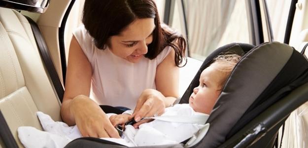 Tipy ako bezpečne a štýlovo cestovať s dieťaťom