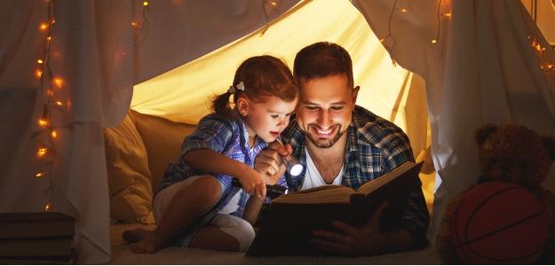 knihy, deti, čítanie, motivujte deti k čítaniu kníh, otec, mama, radosť, hobby