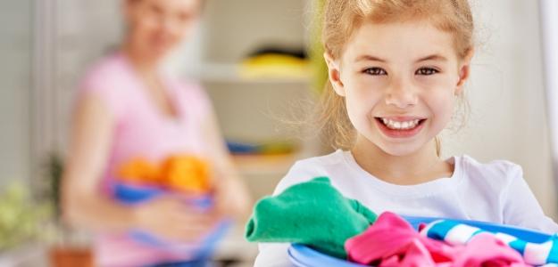 čo dokážu malé deti, tínedžeri, pomáhanie, domácnosť