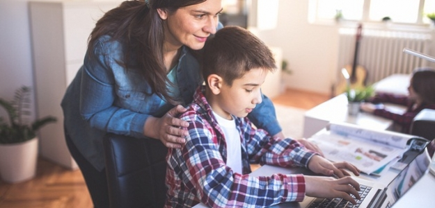 Kyberšikana (virtuálna šikana): čo môžete urobiť ako rodičia?