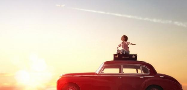 5 tipov ako zabaviť dieťa počas dlhej cesty autom