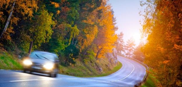 Pozor! Jesenný čas – čas nehôd na cestách!