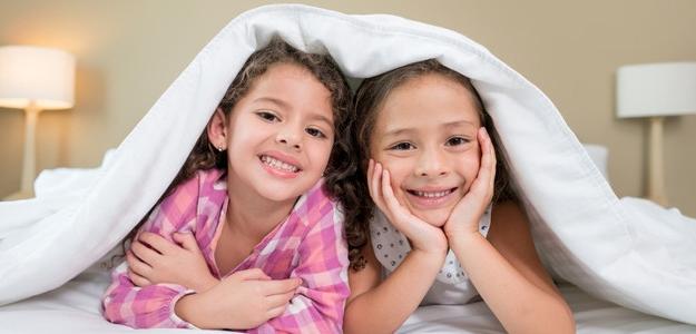 dieťa samo doma, kedy je vhodný čas?, kamaráti, mobil, rodičia