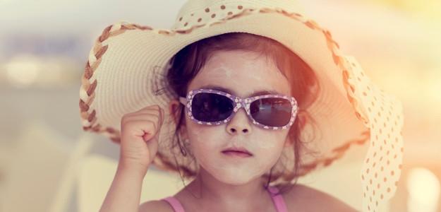 Deti a opaľovanie: 6 tipov, aby bol pobyt na slnku bezpečný