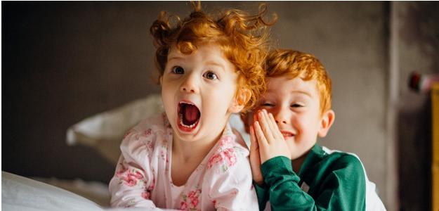 matka roka, ryšavé deti, súrodenci, stres, večer doma