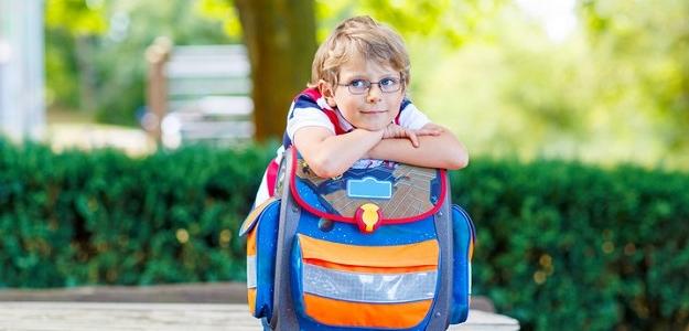 AKO vybrať školskú tašku?