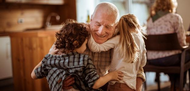 spolužitie, viac generácií, rodina, starí rodičia, byt