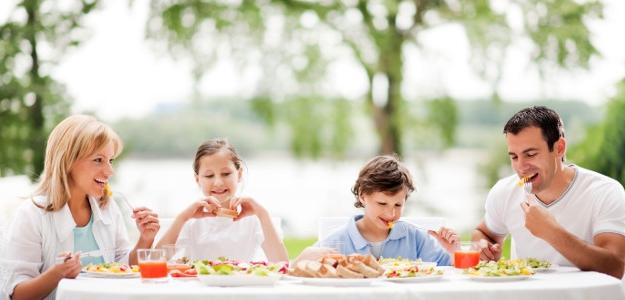 Štúdia potvrdila: Nezdravé jedlo nemusí byť až také nezdravé