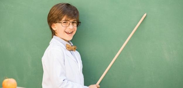 """Je vaše dieťa triedny klaun?  5 tipov pre rodičov """"šaškárov""""."""