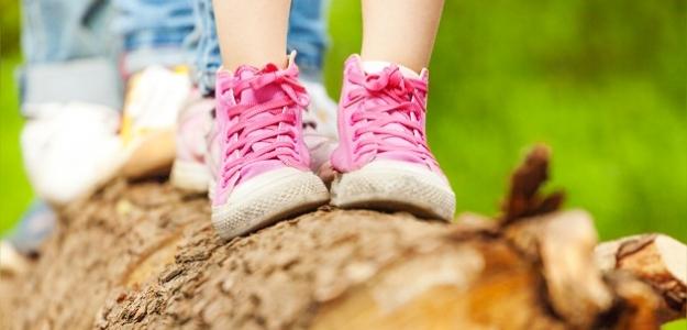 Hry aaktivity na záhradu: zabavte deti, ktoré SA NUDIA...!