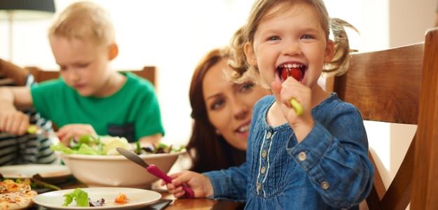 Aká výživa je pre dieťatko najlepšia?  Mamy radia mamám