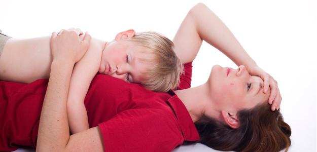 8 tipov, ako prekonať únavu po prebdenej noci pri bábätku
