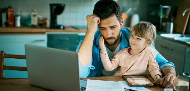 Dg.: WORKHOLIK. Keď práca vyhráva nad rodinou...